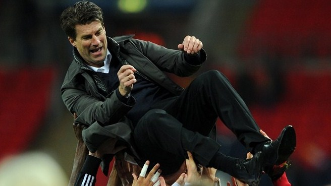 Laudrup's stock rises with Swansea cup success