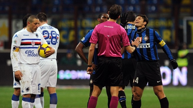 Nine-man Inter hold off Sampdoria