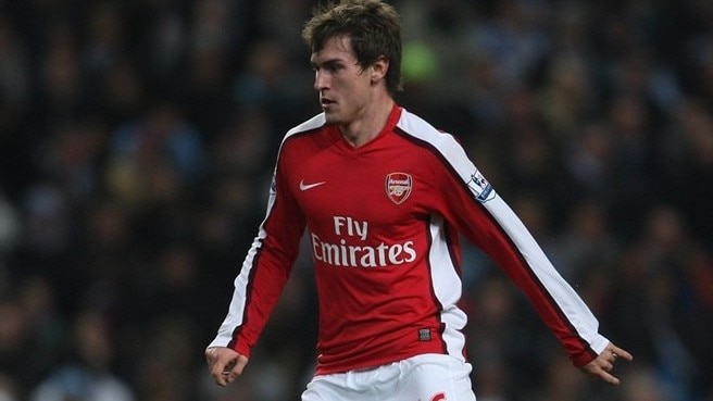 Arsenal lose Ramsey to broken leg