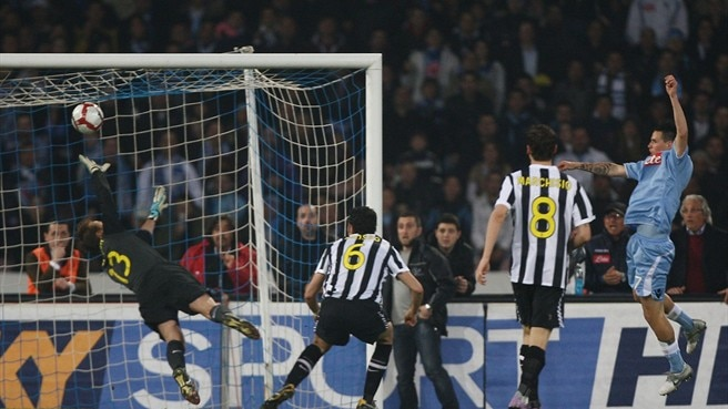 Napoli pull the rug from under Juve