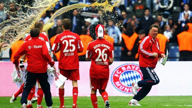 Bayern get the party started