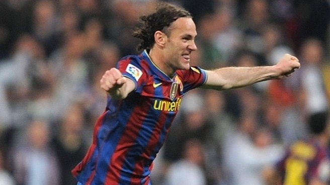 Milito signs contract extension at Barcelona