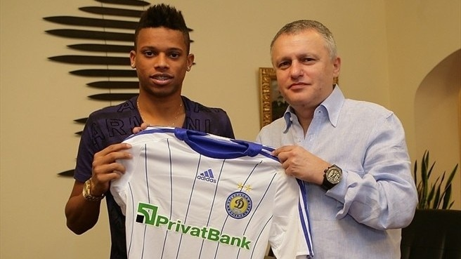 André honoured to sign up at Dynamo