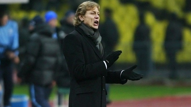 Coach Karpin kept on at Spartak