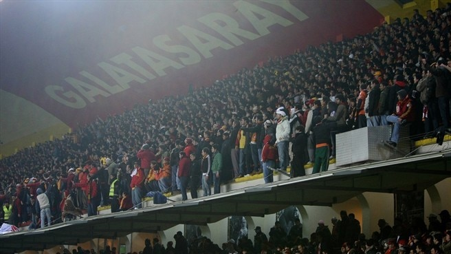 Galatasaray depart Ali Sami Yen stadium with win