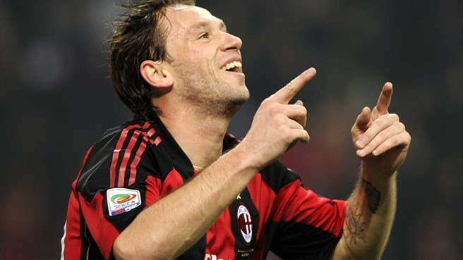 Cassano and Robinho shine for on-song Milan