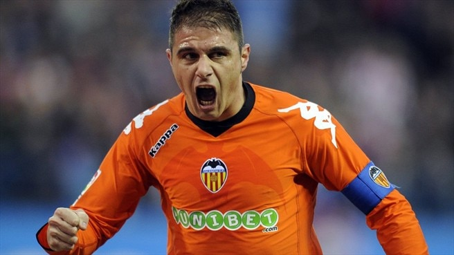 Joaquín joins Málaga from Valencia