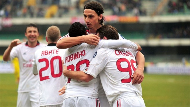 Milan maintain lead with Chievo victory
