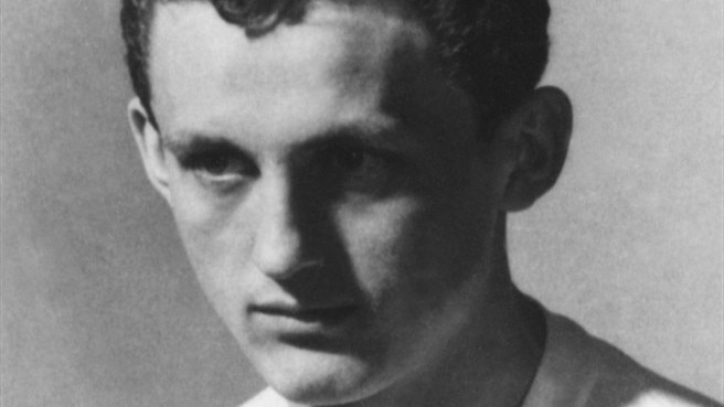 Hungarian Ballon d'Or winner Albert dies