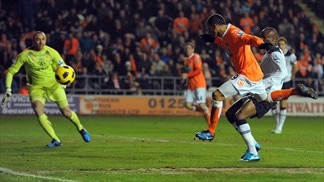 Tottenham ascent stunted by Blackpool