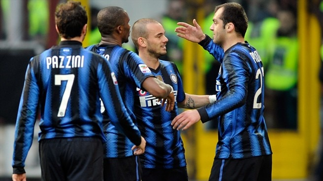 Inter maintain pressure on Milan