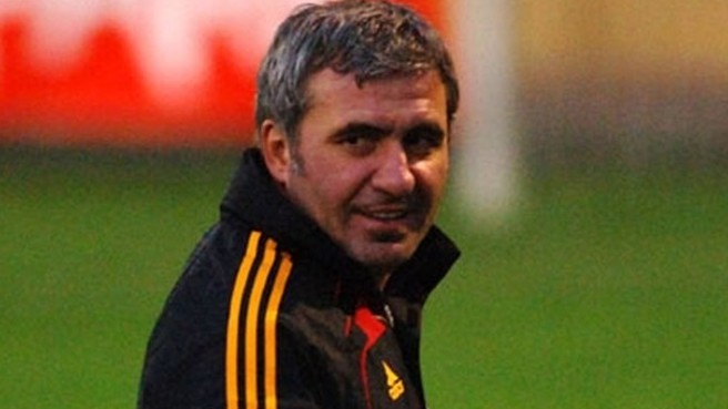 Hagi leaves Galatasaray for the second time