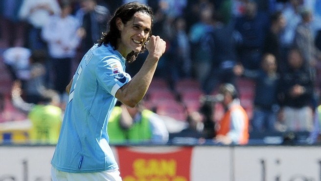 Napoli hero Cavani climbs ESM Golden Shoe table