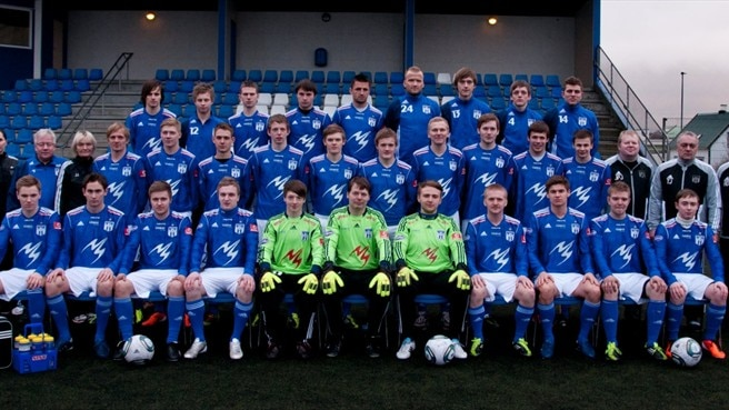 Survival the key as KÍ resume Faroese fight
