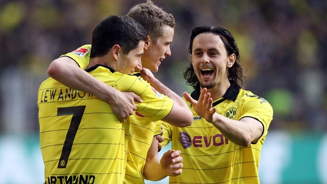 Dortmund edge closer to Bundesliga crown