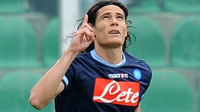 Napoli happy after Cavani contract extension