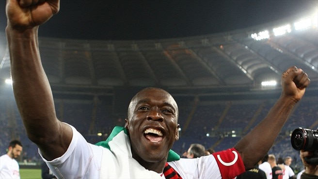 Seedorf takes Milan stay into tenth season