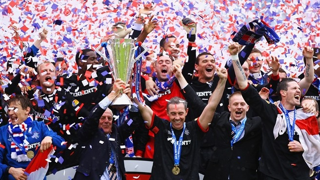 Rangers hit five to clinch Scottish title