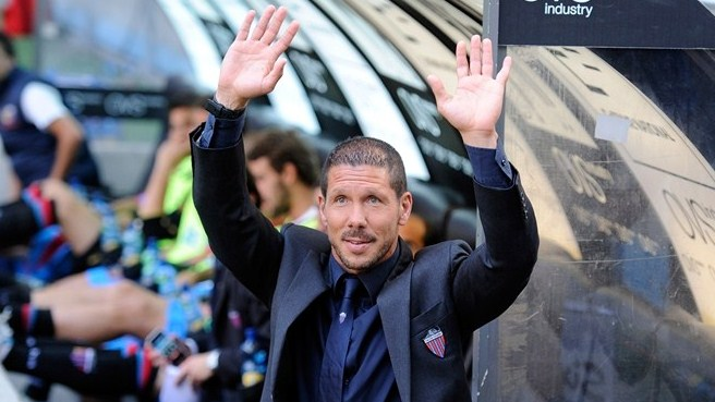 Simeone returns to take Atlético reins
