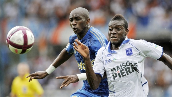 Marseille's Mbia facing six-week absence