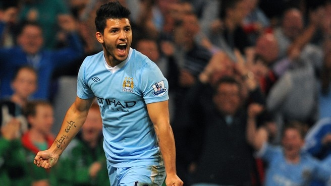 Agüero at the double for four-goal City