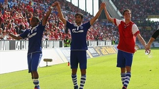 Schalke battle back to beat Mainz, Hannover held