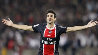Goalscorer Pastore praised by PSG team-mates