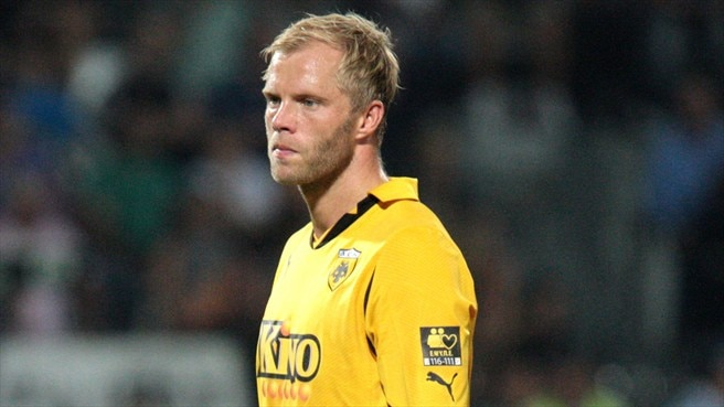 AEK's Gudjohnsen out for rest of season
