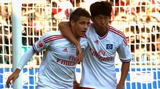 Hamburg rock bottom despite Freiburg win
