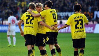 Dortmund hit five, while rivals stutter