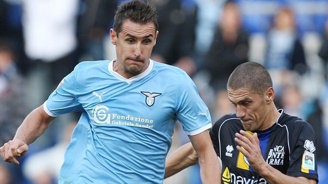 Reja hails Klose after Lazio success