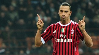 Ibrahimović double helps Milan up to second