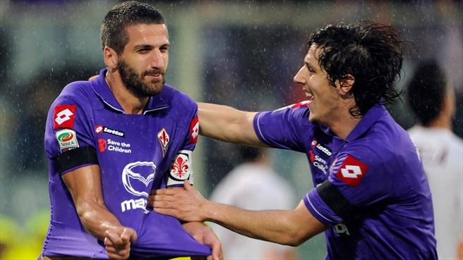 Napoli take Behrami and Gamberini from Viola
