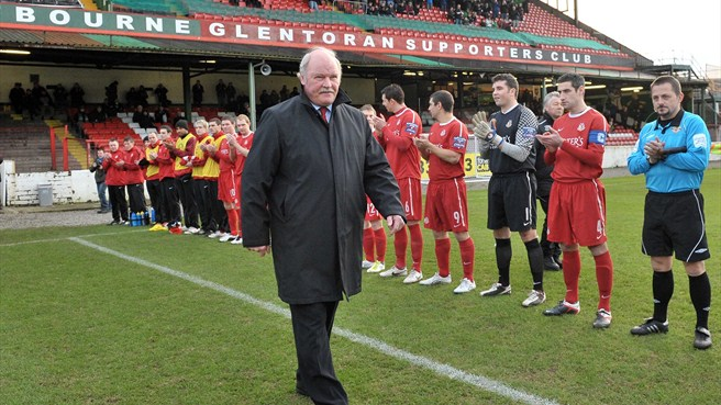 McFall celebrates 25 years at Portadown helm