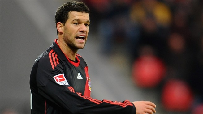Ballack unavailable for visit of Barcelona
