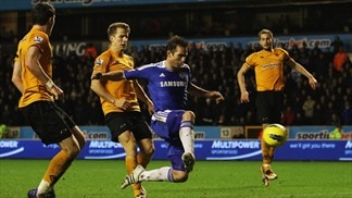 Lampard lifts Chelsea as Fulham stun Arsenal