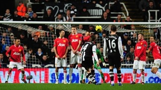 Stuttering United rocked by Newcastle