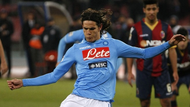 Cavani spares Napoli from defeat by Bologna