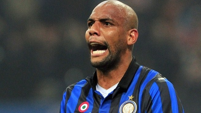 Maicon knee injury a worry for Inter