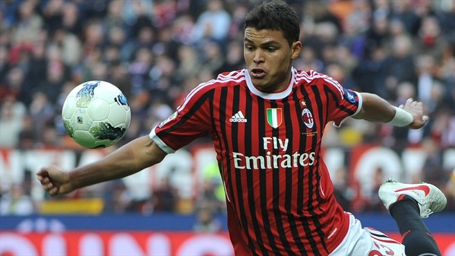 Thiago Silva stays put at Milan