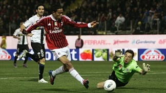 Milan win again as Juventus hit five