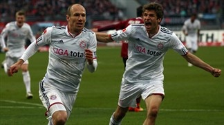 Robben helps Bayern close on Dortmund