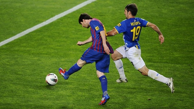 Messi moves clear in Golden Shoe race