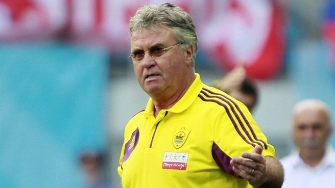 Hiddink makes Anfield return with Anji