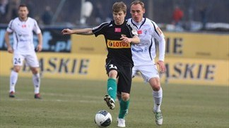 Kosecki to step out of father's shadow at Legia