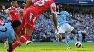 City stay unbeaten, Spurs still seek win