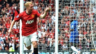 Scholes scores as United win milestone match
