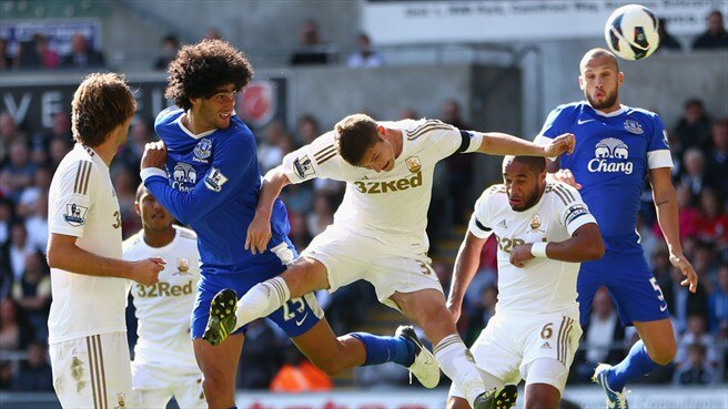 Marouane Fellani (Everton FC) & Ben Davies (Swansea City AFC)