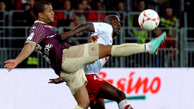 Abdoulwhaid Sissoko (Stade Brestois 29) & Mathieu Dossevi (Valenciennes FC)