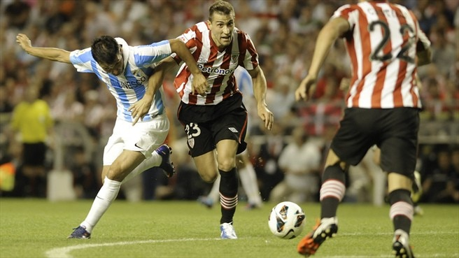 Javier Saviola (Málaga CF) & Borja Ekiza (Athletic Club)